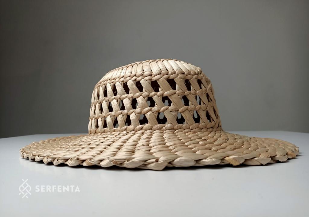 Ręcznie wyplatany, pleciony kapelusz z rogożyny, polski produkt z unikatowego materiału, kup teraz w sklepie on-line